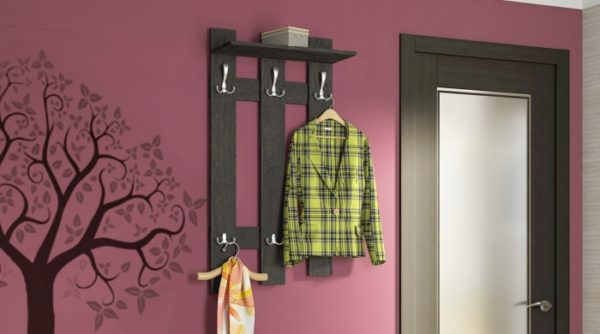 Дизайн и цветовое оформление вешалки должны соответствовать интерьеру помещения