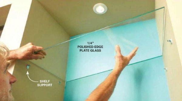 Установка стеклянной полки