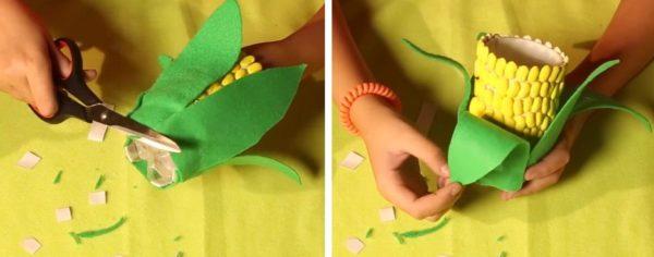 Приклеивают и отгибают листы