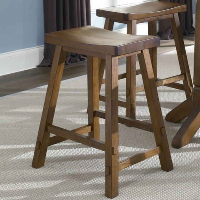 Дерево для стульев должно быть твердых пород