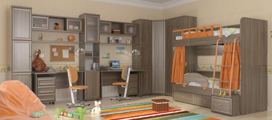 Дерево является наиболее универсальным и оптимальным материалом для детских кроватей и прочей мебели