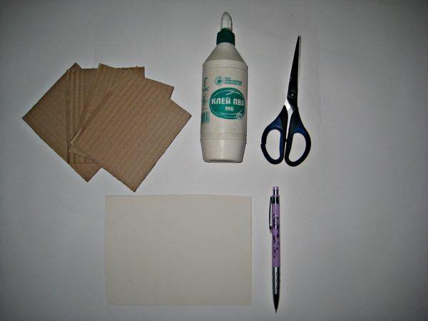 Инструменты и материалы для изготовления домика
