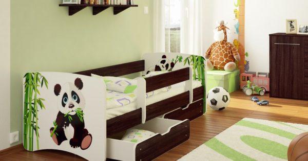 Кровать позволяет по-разному организовывать пространство в комнате, потому к ее выбору следует отнестись серьезно