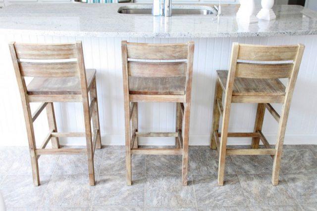 Можете заказать готовые детали барных стульев в мастерской
