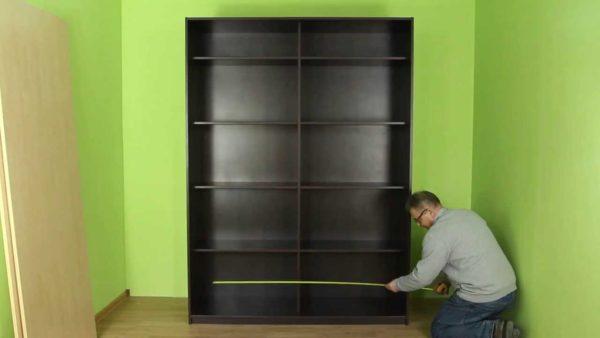Собрать шкаф-купе своими руками достаточно легко и сделать это может каждый, просто воспользовавшись инструкцией