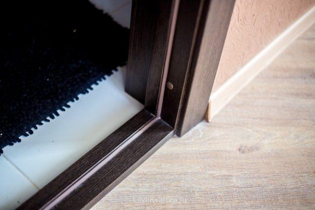 У дверных проемов теплый пол, как правило, не монтируют