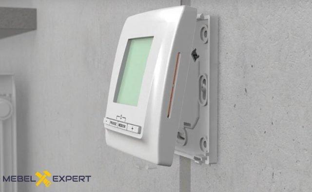 Установка терморегулятора на стену