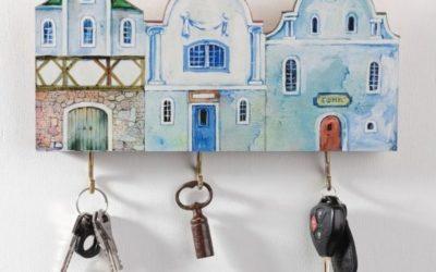 Вешалка для ключей настенная