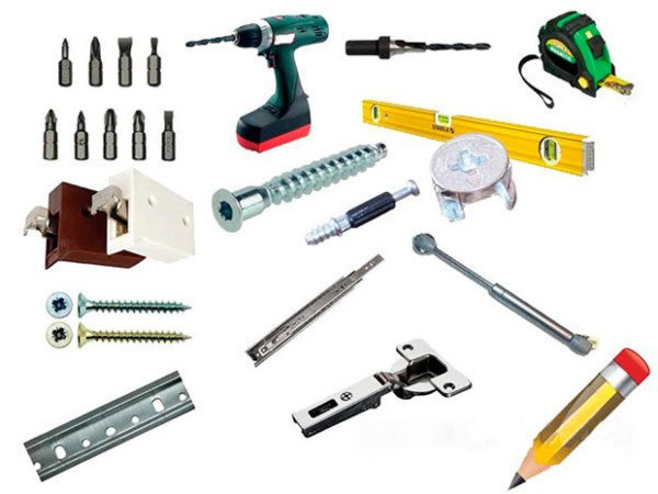 Для сборки гарнитура нужно заранее приготовить инструменты