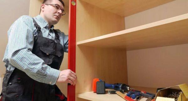 Как собрать уголовной шкаф: пошаговая инструкция