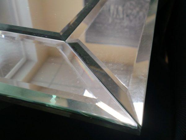Пример фацетной обработки зеркального края
