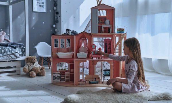 Готовая конструкция кукольного домика
