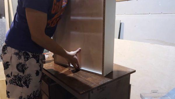Установка дна ящика