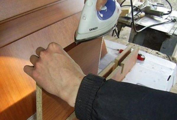 Обработка кромочной лентой