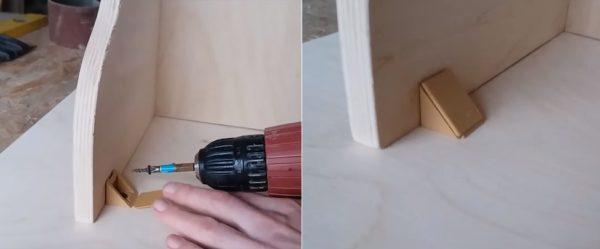 Соединение деталей мебельными уголками