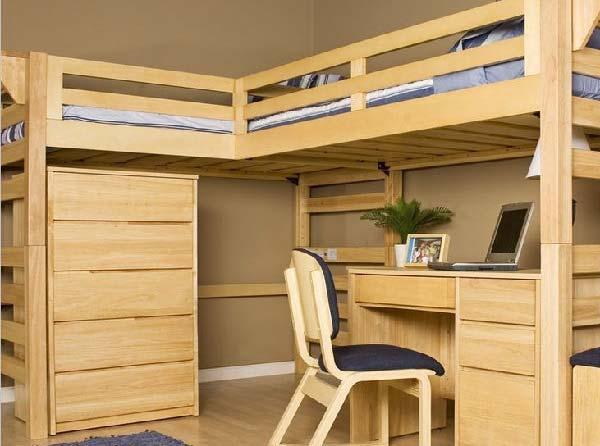 Деревянная мебель хороша для детской