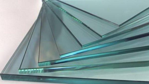 Для мебели используют каленое стекло