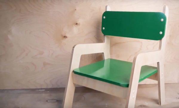 Готовый детский стульчик из дерева