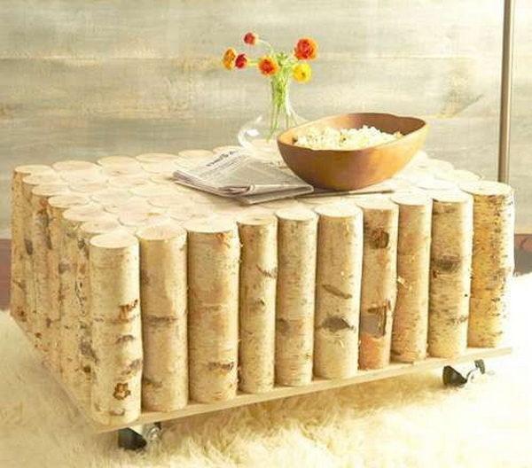 Готовый журнальный столик из поленьев