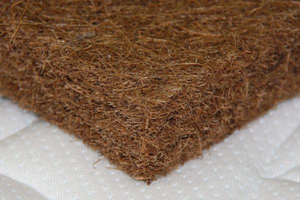Кокосовые волокна не накапливают внутри себя влагу