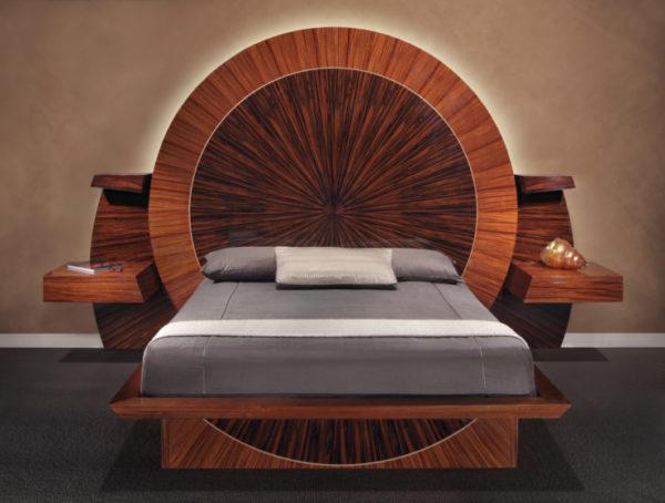 Кровать из эбенового дерева