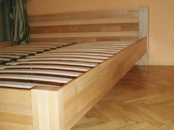 Кровать из мебельных щитов