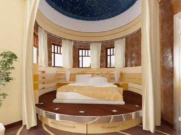Кровать с круглым подиумом