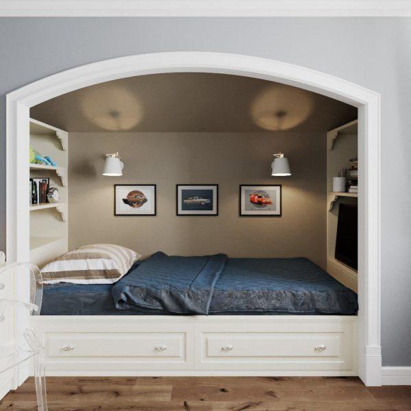 Кровать в нише - фото