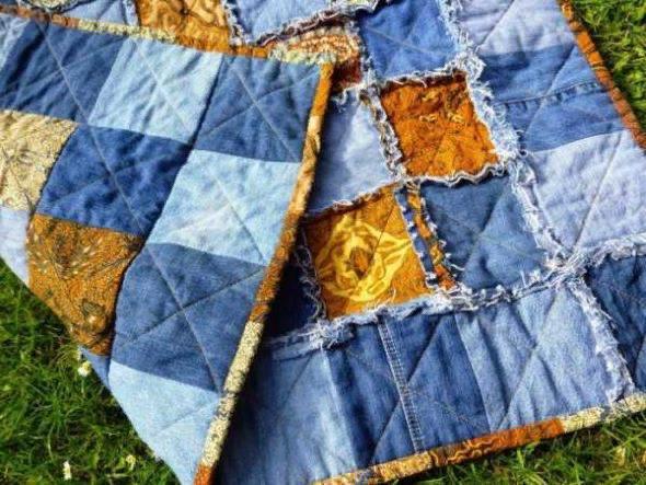 Лоскутное одеяло, изготовленное в домашних условиях