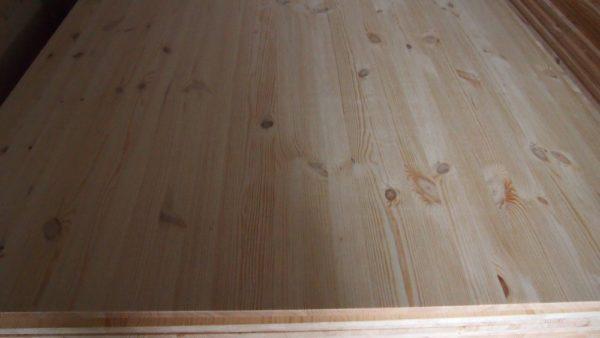 Мебельный щит сосна, сорт В, толщина 15 мм, цельноламельный