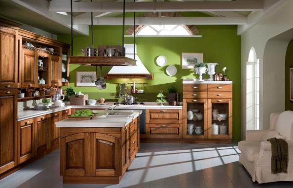 На фоне ярких стен коричневая мебель будет лаконичной и стильной