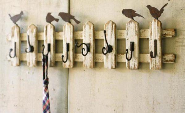 На одной вешалке могут быть использованы и разные крючки