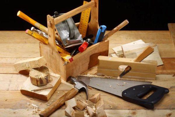 Необходимо подготовить материалы и инструменты