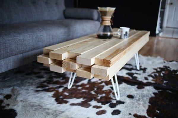 Оригинальный и простой стол своими руками