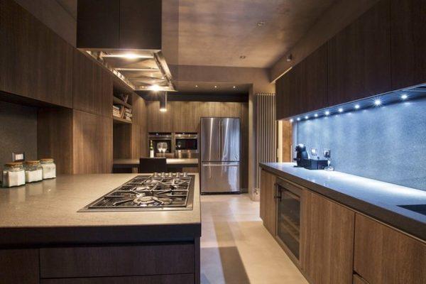 Подсветка кухни точечеными светильниками
