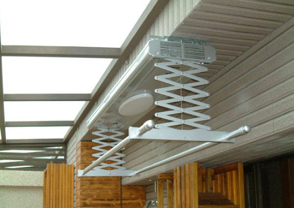Потолочная складная электросушилка с подсветкой, сенсором влажности и феном