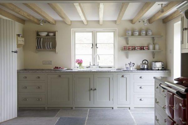 Пример интересного дизайна кухни