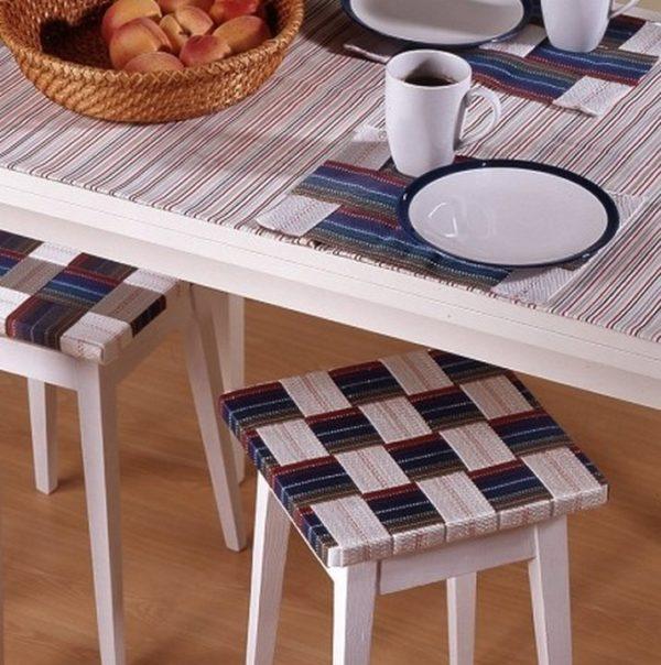 Самоклеящаяся пленка для мебели позволяет обновить внешний вид или изменить цветовой оформление любых поверхностей