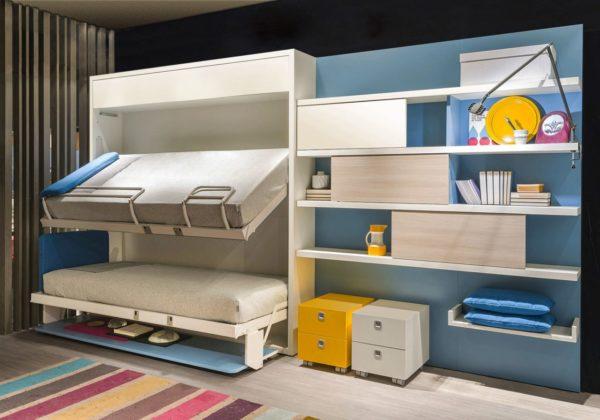 Спасением для малогабаритных квартир является детская мебель-трансформер, которая освобождает квадратные метры для игр, учебы и развития