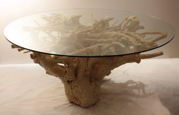 Стол из корня со стеклянной столешницей