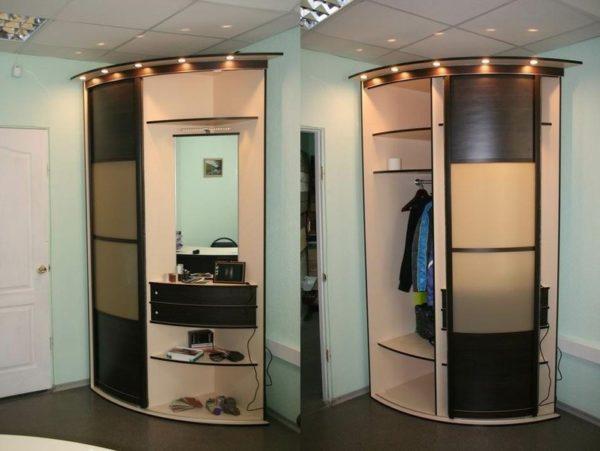 Удобный полукруглый шкаф с местом для хранения обуви