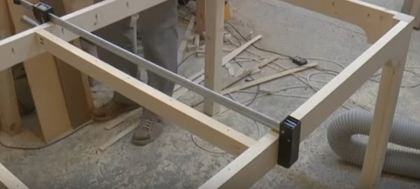 Усиление обвязки стола