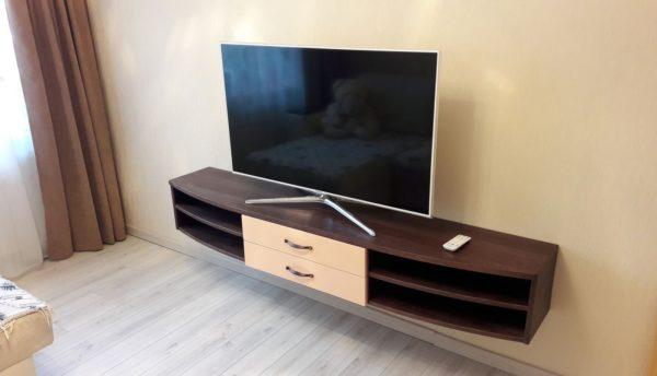 Вариант расположения ТВ (вид под углом)