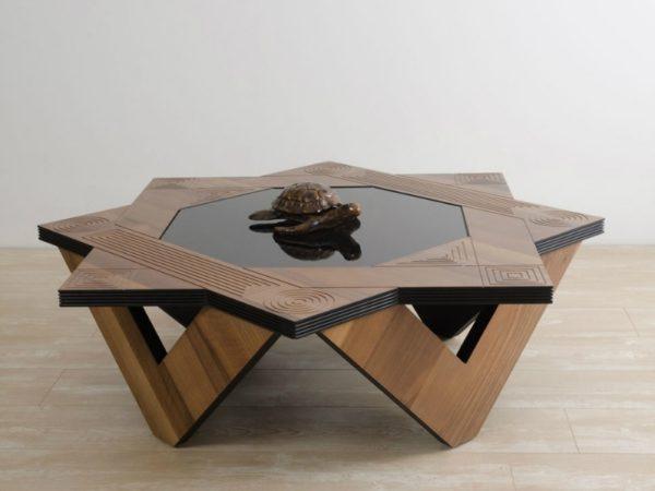 Журнальный столик в виде шестиконечной звезды