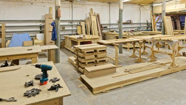 Не каждое мебельное предприятие ответственно относится к производству своих изделий