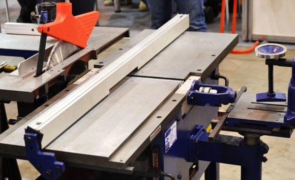 Для изготовления деревянной мебели необходимо соответствующее оборудование