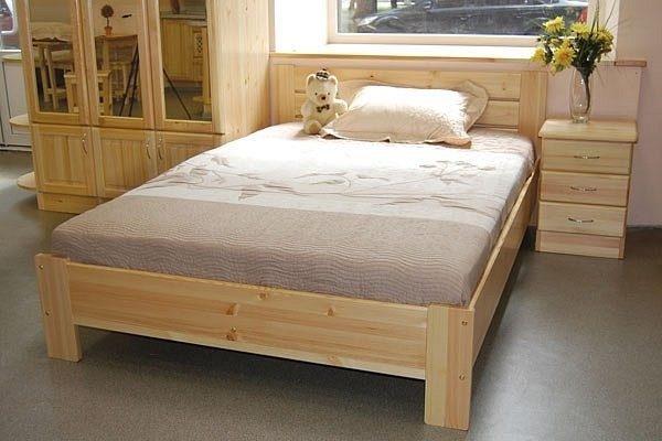 Средний вес кроватей, которые были собраны из массива сосны, составляет примерно 180 килограммов, однако, речь идет лишь о самых скромных моделях