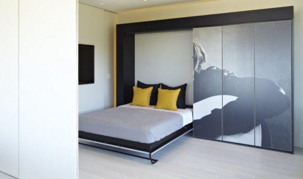 Пример вертикального механизма раскладывающейся кровати