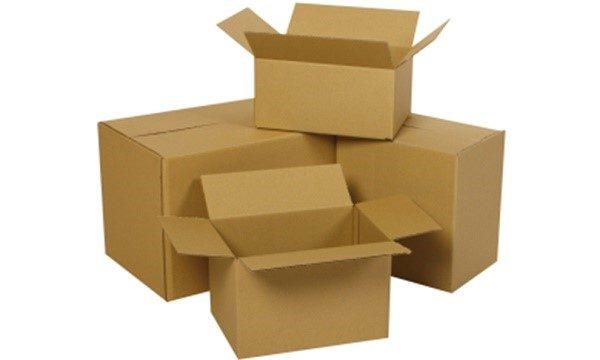 Для выполнения нашей задумки понадобятся самые обычные картонные коробки
