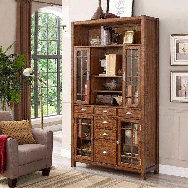 Шкаф из древесного массива